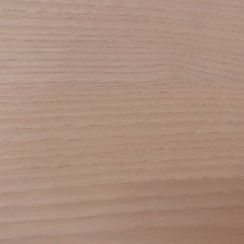 Una storia dalla trama molto naturale. Iniziamo dal soggetto: il legno.